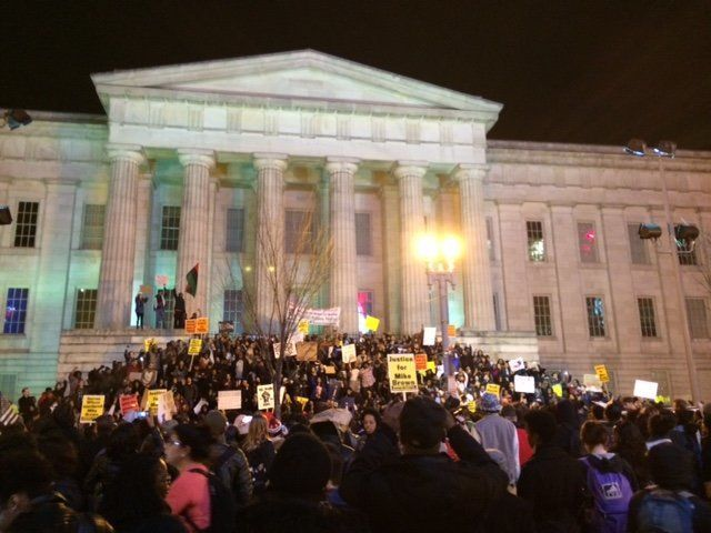 Protesters outside the Smithsonian Museum in Washington, D.C., on Tuesday evening.