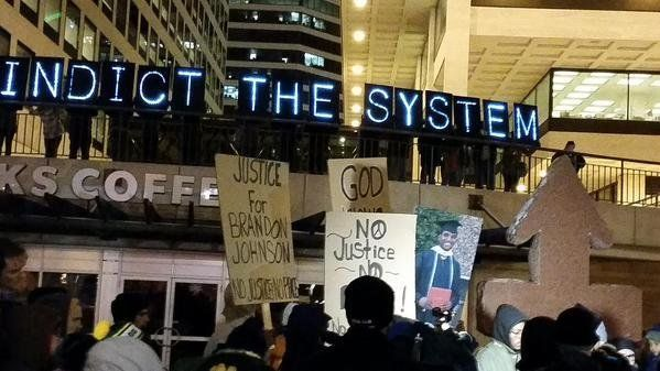 People protest the Darren Wilson Grand Jury decision in Milwaukee, Wisconsin on November 25, 2014.