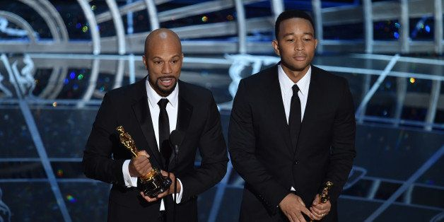 HOLLYWOOD, CA - FEBRUARY 22:  Lonnie Lynn aka Common and John Stephens aka John Legend accept the Best Original Song Award fo