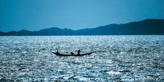 TANZANIA - AUGUST 02: Pirogue on Lake Victoria, Tanzania. (Photo by DeAgostini/Getty Images)