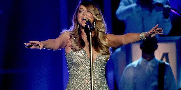 LAS VEGAS, NV - MAY 17:  Singer/songwriter Mariah Carey performs onstage during the 2015 Billboard Music Awards at MGM Grand