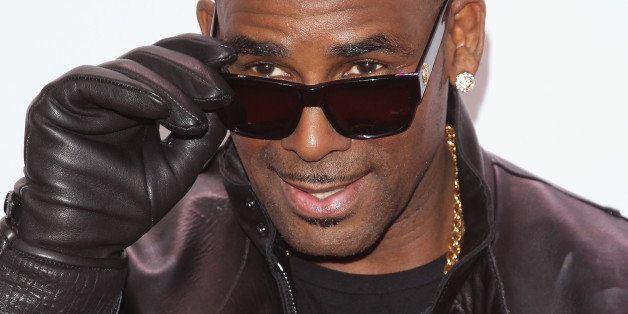 NEW YORK, NY - DECEMBER 13:  Singer/songwriter R. Kelly attends  Z100's Jingle Ball 2013 at Madison Square Garden on December
