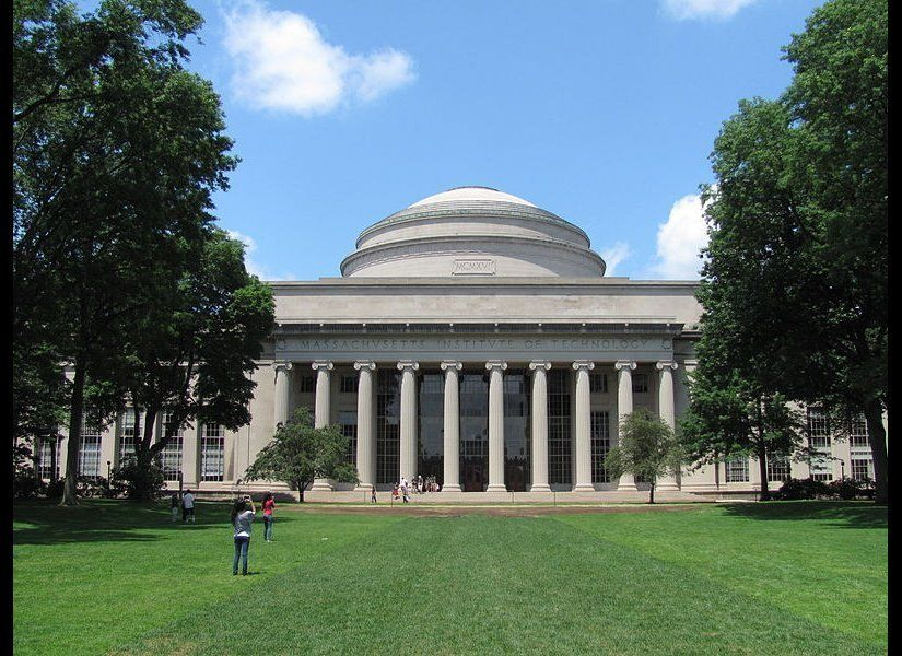 """Photo Credit:<a href=""""http://en.wikipedia.org/wiki/File:MIT_Building_10_and_the_Great_Dome,_Cambridge_MA.jpg"""" target=""""_hplink"""