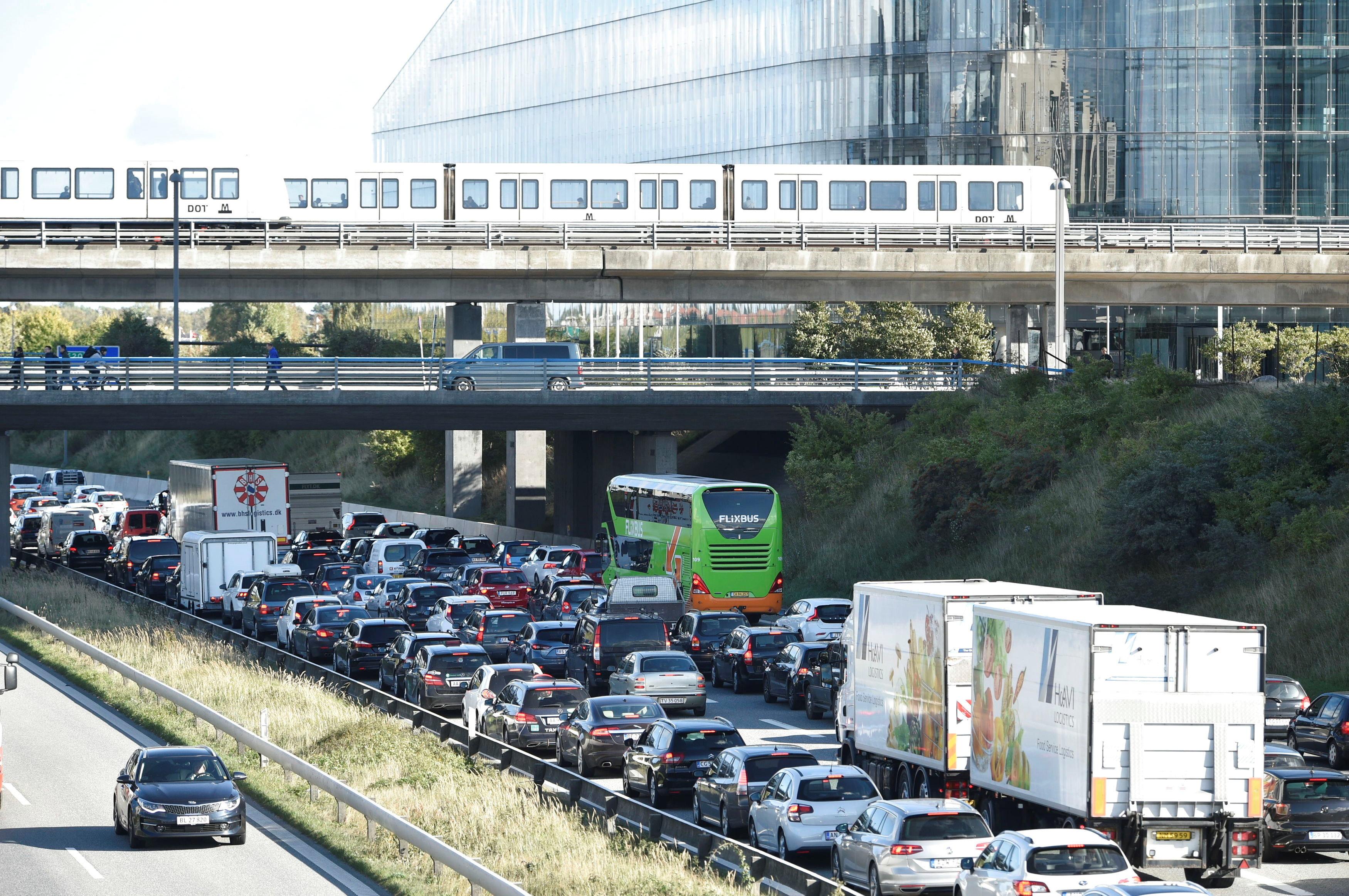 Η Δανία «έκλεισε» δύο γέφυρες και τα πορθμεία που τη συνδέουν με Γερμανία και Σουηδία. Επιχείρηση με τη συμμετοχή του