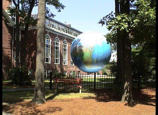 """<a href=""""http://www.unigo.com/babson_college/?utm_source=HuffingtonPost&utm_medium=Rankings&utm_campaign=CollegeEntrepreneurs"""