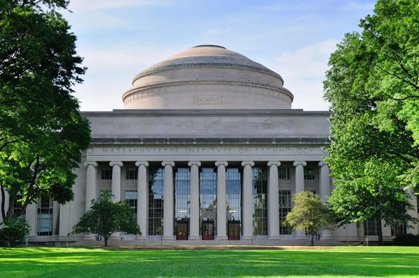 "<a href=""http://time.com/money/3023678/mit-moneys-best-colleges/"" target=""_blank"">Cambridge, Massachusetts</a>"