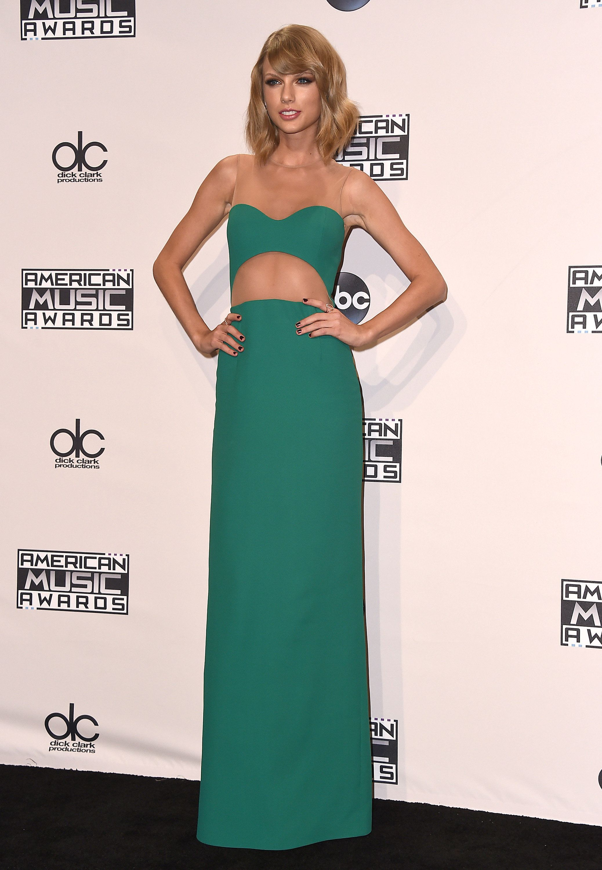 Lucky taylor is so hot