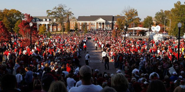 TUSCALOOSA, AL - NOVEMBER 05: Fans walk around on campus outside of Bryant-Denny Stadium prior to the game between the LSU Tigers and Alabama Crimson Tide on November 5, 2011 in Tuscaloosa, Alabama. (Photo by Streeter Lecka/Getty Images)
