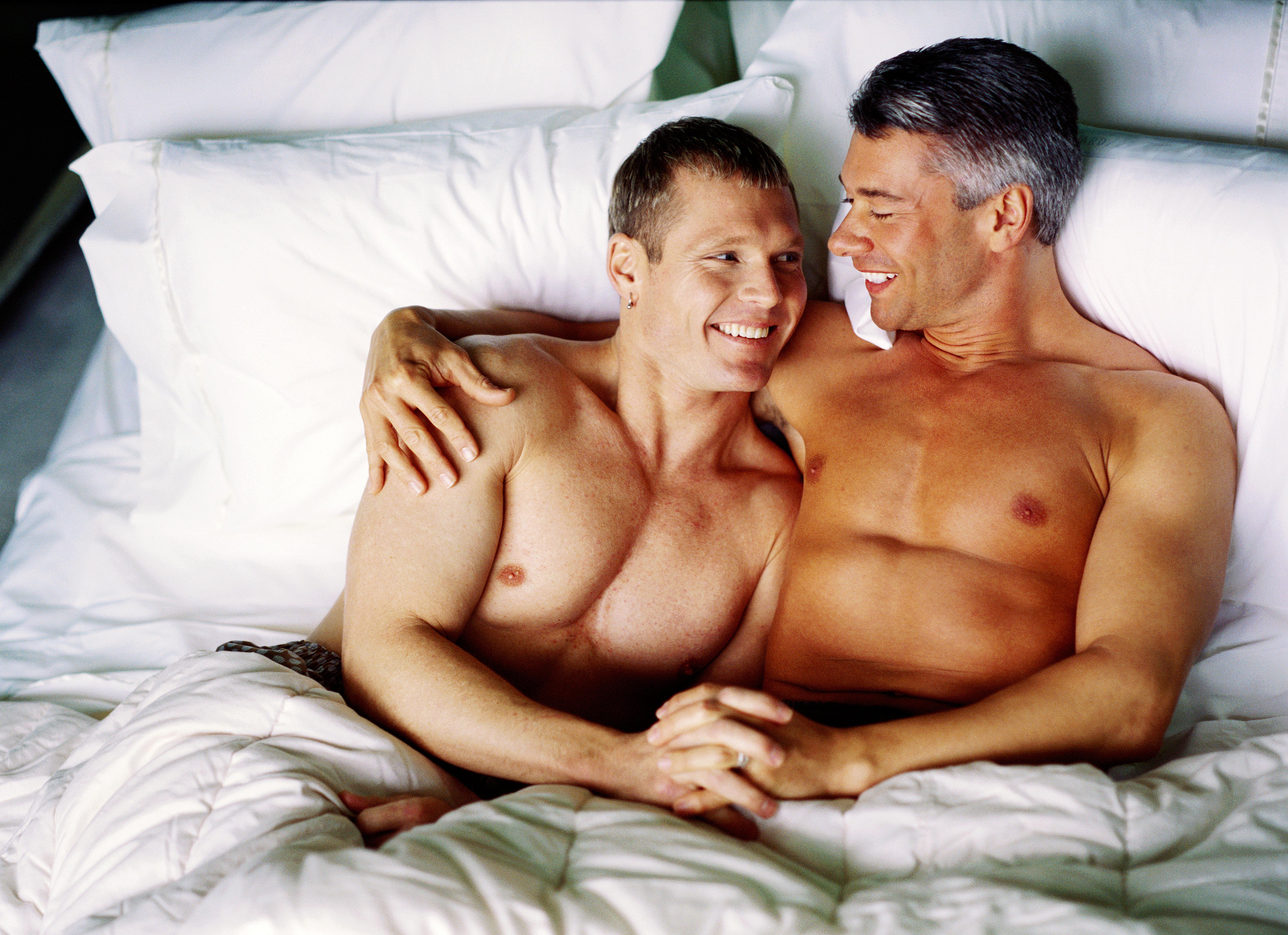 Gay male com