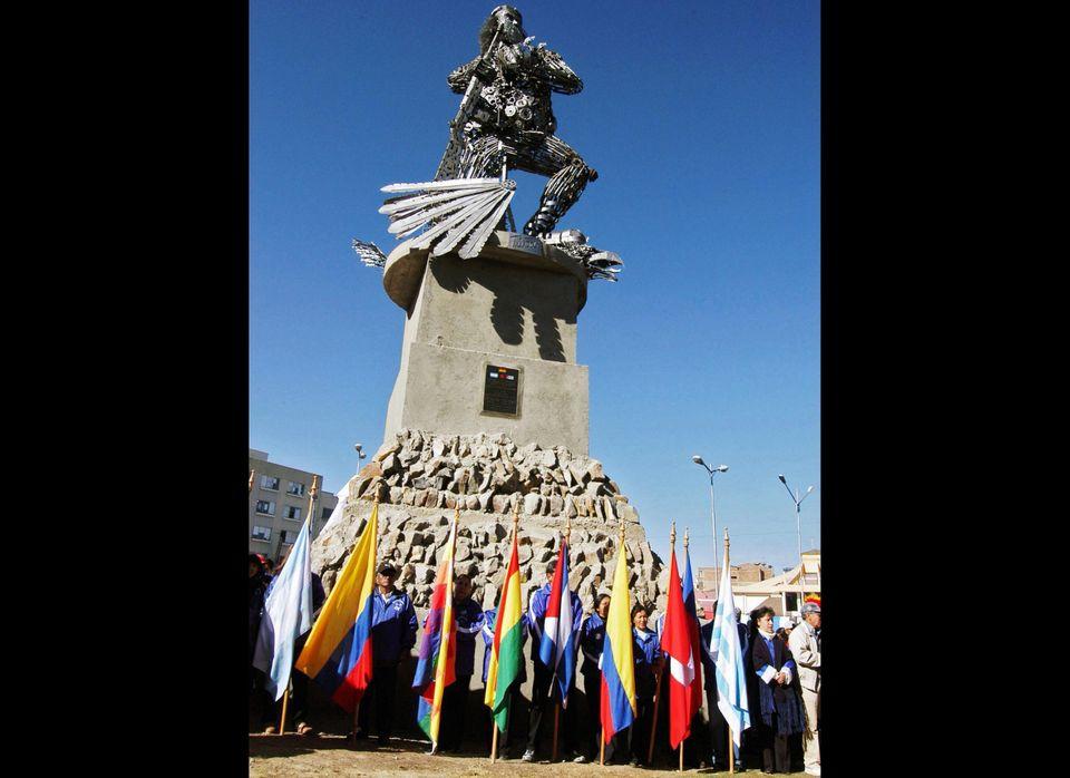 A scrap metal statue of Argentine-born revolutionary leader Ernesto 'Che' Guevara is inaugurated in El Alto, 12 km east of La