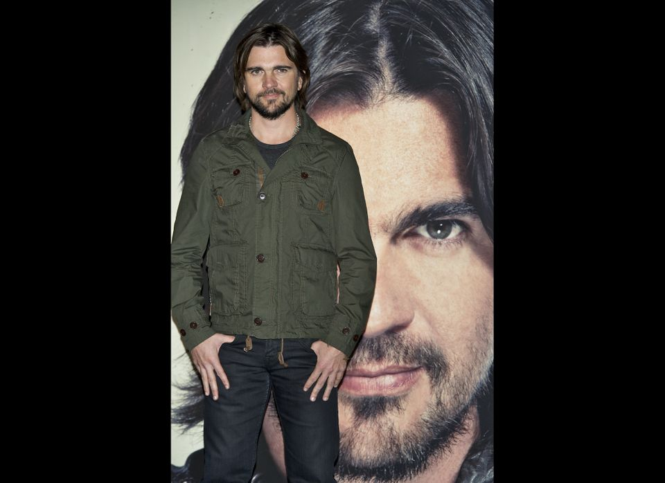 MADRID, SPAIN - MAY 08:  Colombian singer Juanes presents his new album 'Juanes MTV Unplugged' at Circulo de Bellas Artes on