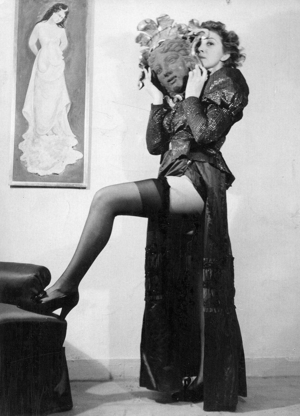 Unidentified photographer's 1934 picture of Leonor Fini.