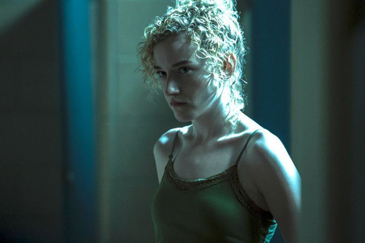 Ruth Langmore, played by Julia Garner, is an Ozark native with a criminal mind.