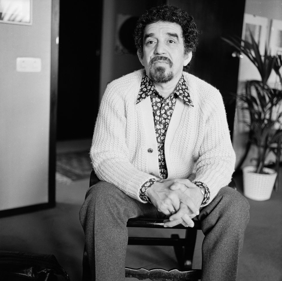 Portrait of Colombian author and journalist Gabriel Garcia Marquez. May 1972. (Photo by Katherine Young/Getty Images)  <a hre