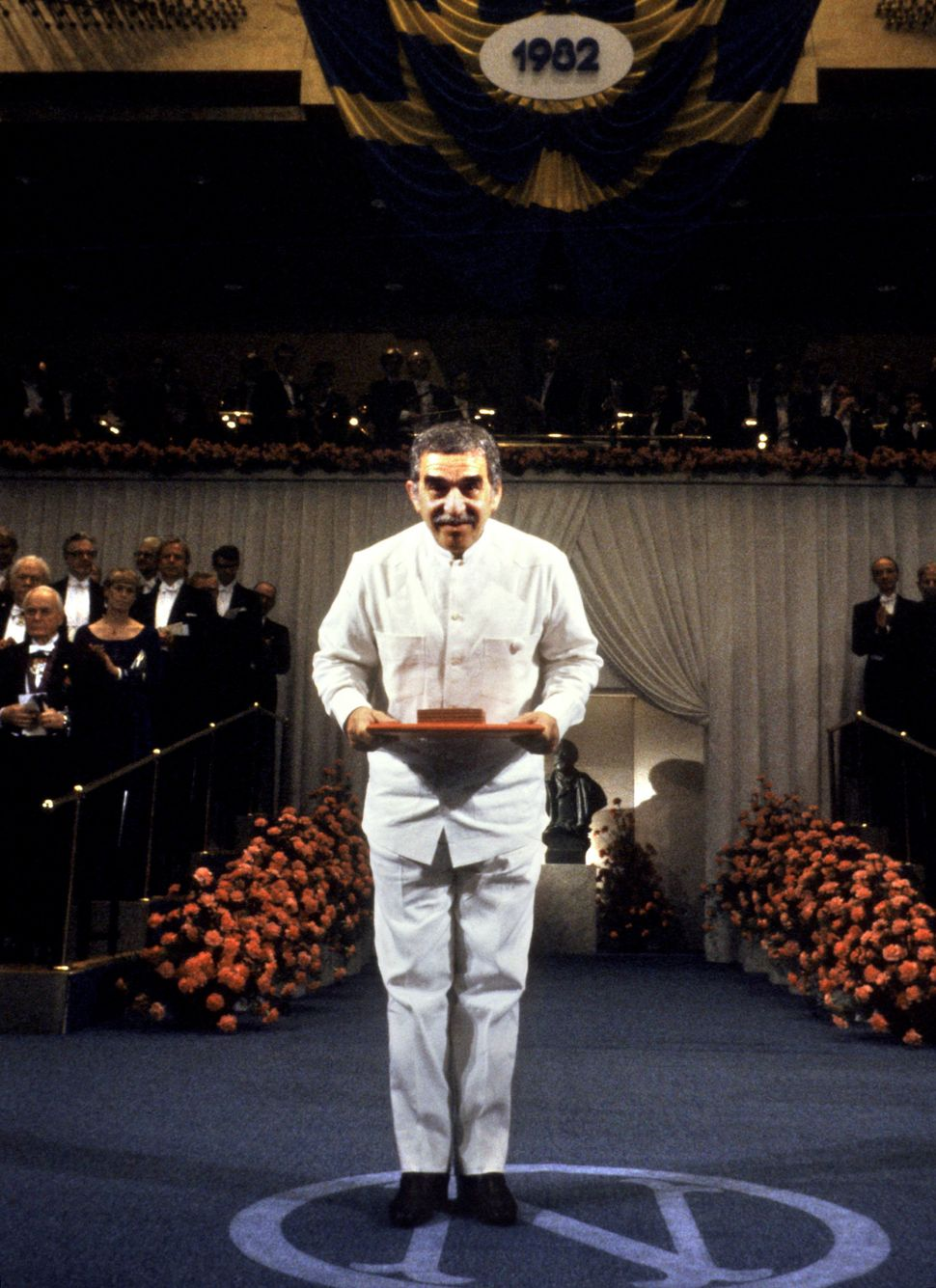 Colombian writer Gabriel Garcia Marquez acknowledges after receiving the Nobel Prize for Literature 10 December 1982 in Stock