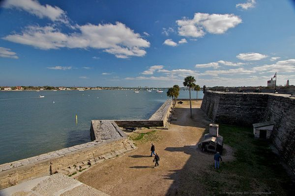 """This fort is one of the <a href=""""http://staugustine.com/history/castillo-de-san-marcos"""" target=""""_blank"""">oldest structures in"""