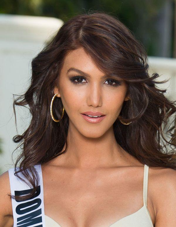 "<strong>Name:</strong> Kimberly Castillo<br> <strong>Age:</strong> 26<br> <strong>Height:</strong> 5'10"""