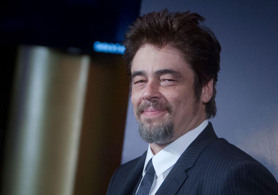 """Benicio del Toro presentando """"Escobar: Paradise Lost"""" en París, el 2 de octubre de 2014.(AP Photo/Jacques Brinon)"""