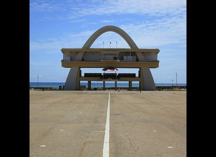 Independence Arch, Accra (Ghana) des/by the Public Works Departments, 1961, Foto/photo: © Manuel Herz.