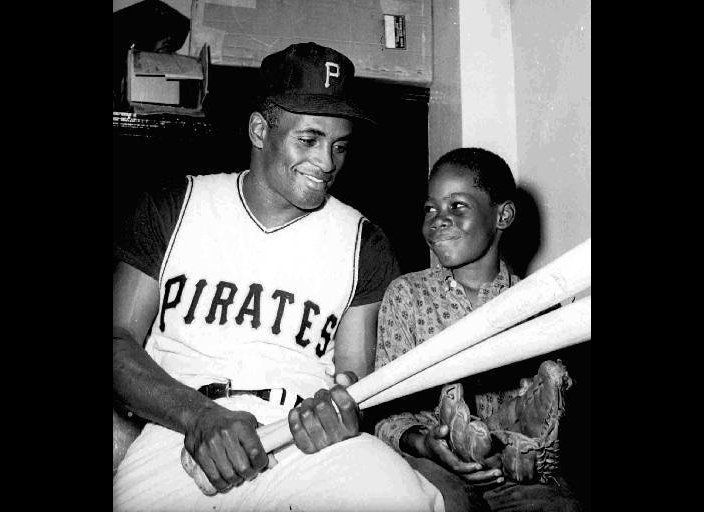 """The first Latin American player elected to the Baseball Hall of Fame, Clemente is <a href=""""http://www.latinosportslegends.com"""