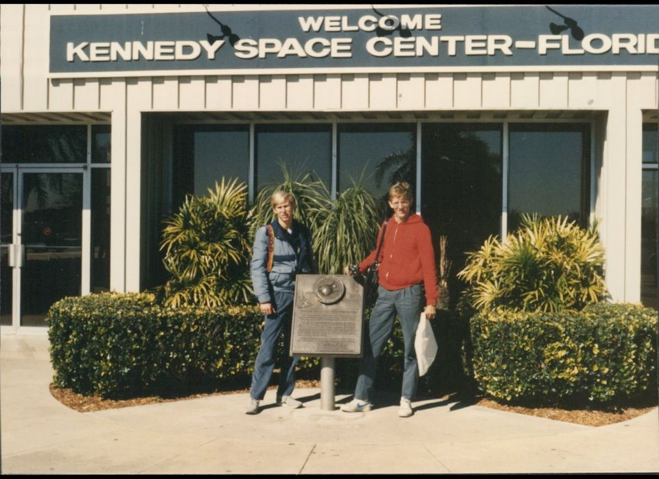 Jeffrey Ault, left, stands with Bill Graber outside of the Kennedy Space Center on January 28, 1986, just before the Challeng