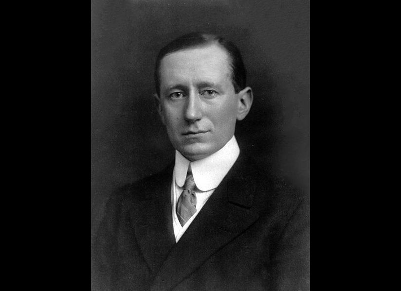 Italian inventor Guglielmo Marconi received U.S. patent number No. 586,193 for his wireless telegraph on July 13, 1897. Credi