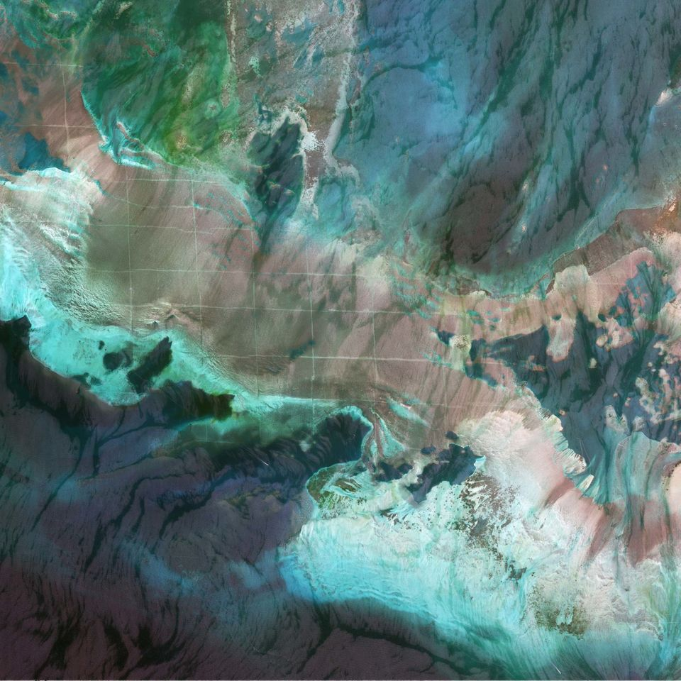 This is a satellite image of a grid pattern on the sea floor in Bahrain, collected on September 26, 2012.  (DigitalGlobe / Ge