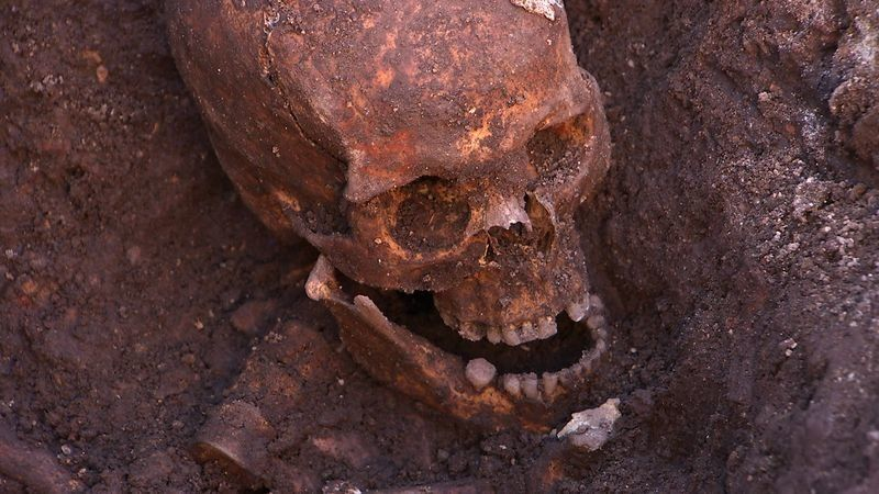 Human remains found in an excavation of the ruins of the Medieval Grey Friars church were later confirmed to belong to King R