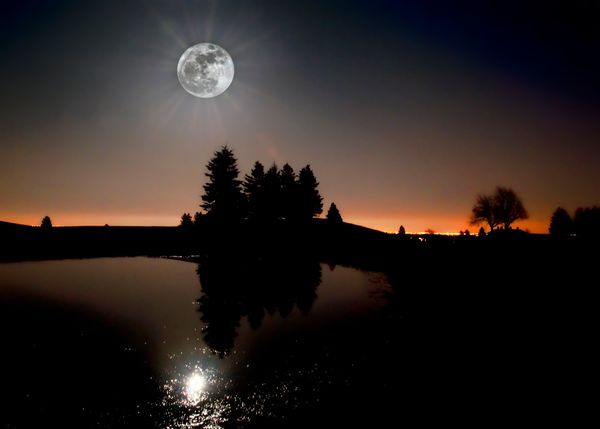 Supermoon is the term used to describe the rare celestial event in which a full moon coincides with lunar perigee, the point