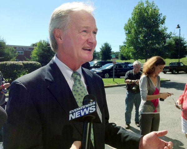 "<a href=""http://news.providencejournal.com/politics/2012/03/chafee-declines-to-state-views-on-marijuana-decriminalizationread"