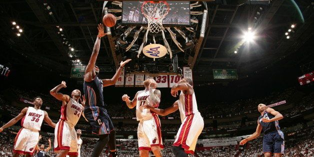 MIAMI, FL - April 20: Al Jefferson #25 of the Charlotte Bobcats shoots against the Miami Heat during Game One of the Eastern