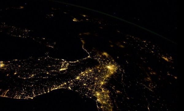 Flying over #Europe at night is truly exceptional. This is northern #Italy