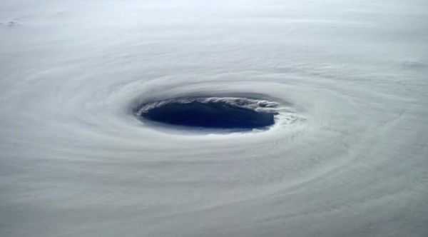The eye of #SuperTyphoon #Vongfong is 80 km across. Looks very dark in there.