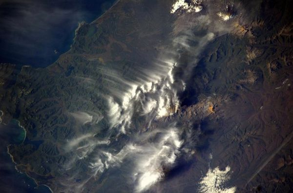 Zhupanovsky #volcano in Kamchatka with a small eruption cloud. #Russia #BlueDot