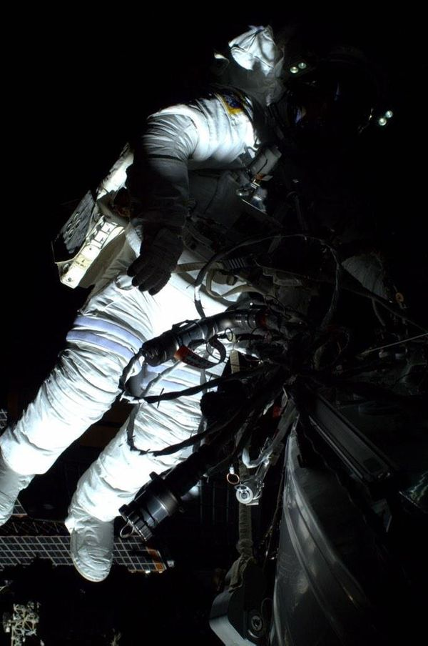 And for the second half of our #spacewalk today- me greasing the robotic arm.