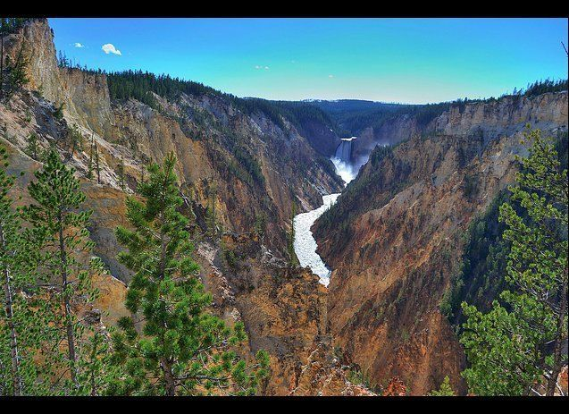 Grand Canyon of the Yellowstone River. (victorfe, Flickr)
