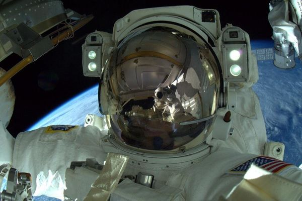 Mission Accomplished - 3 #spacewalks, 800' of cable, 4 antennas, 3 laser reflectors, 1 greased robotic arm.
