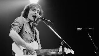 Marty Balin with Jefferson Starship in 1978