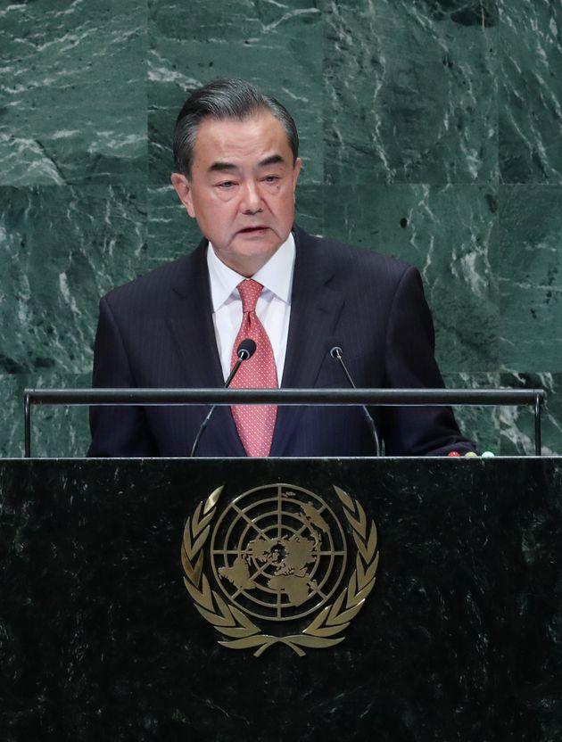 중국 외교사령탑 왕이가