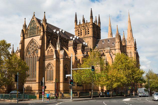 '카드 찍는' 헌금 모금함 설치한 호주 세인트 메리 대성당의