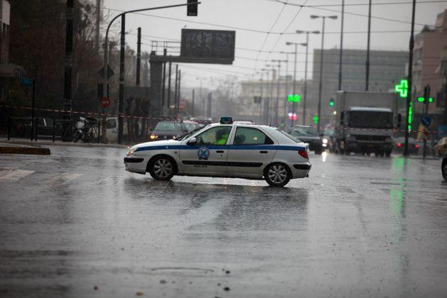 Διακοπή της κυκλοφορίας στην παλαιά εθνική οδό Ελευσίνας –