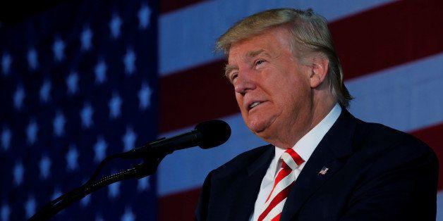 Republican presidential nominee Donald Trump holds a campaign rally in Colorado Springs, Colorado, U.S. October 18, 2016. REU