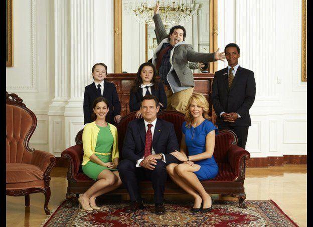 Benjamin Stockham as Xander, Martha MacIsaac as Becca (seated), Bill Pullman as President Dale Gilchrist (seated), Amara Mill