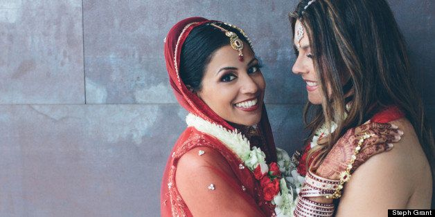 Steph Grant, Photographer, Shares Gorgeous Lesbian Indian Wedding Pictures (PHOTOS)