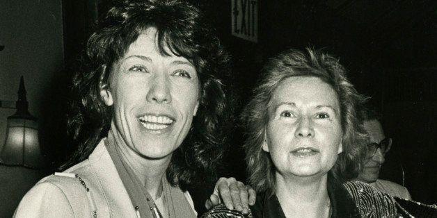 NEW YORK CITY - MAY 19:  Actress Lily Tomlin and writer Jane Wagner attending 'Drama Desk Circle Awards' on May 19, 1986 at t