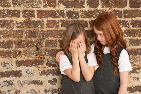 """<a href=""""http://www.advocate.com/youth/2014/04/21/study-childhood-bullyings-effects-persist-decades"""" target=""""_blank"""">A new st"""