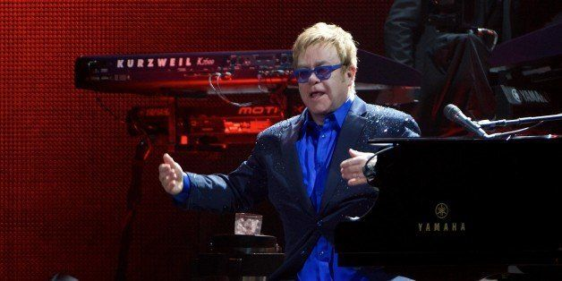 MADRID, SPAIN - NOVEMBER 01:  Elton John performs on stage at the Palacio de los Deportes stadium on November 1, 2014 in Madr