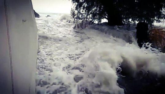 Σε συναγερμό για τον «Ξενοφώντα». Μεγάλα προβλήματα στην Πελοπόννησο. Πολιορκία της Αττικής με ανέμους ταχύτητας άνω των 100χ...