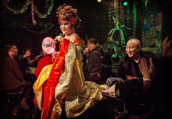 Chinese drag queen Mianbao performs for customers at the Chunai 98 club on January 10, 2015 in Nanning, Guangxi Province, sou
