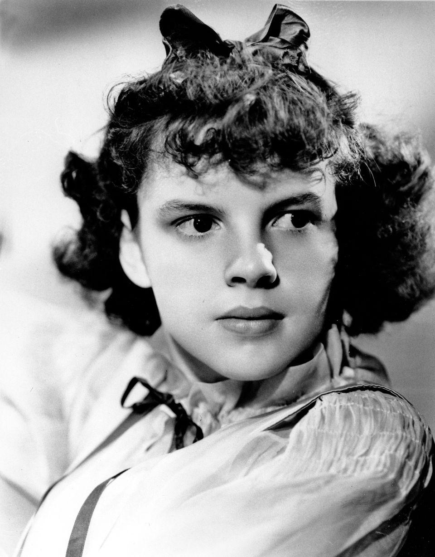 Judy Garland, 1937